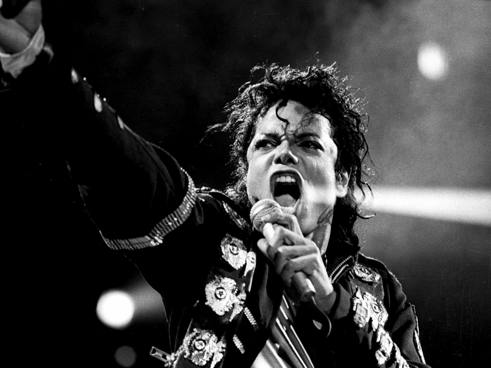 Michael Jackson Tribute at Groove: Hear All the Hits
