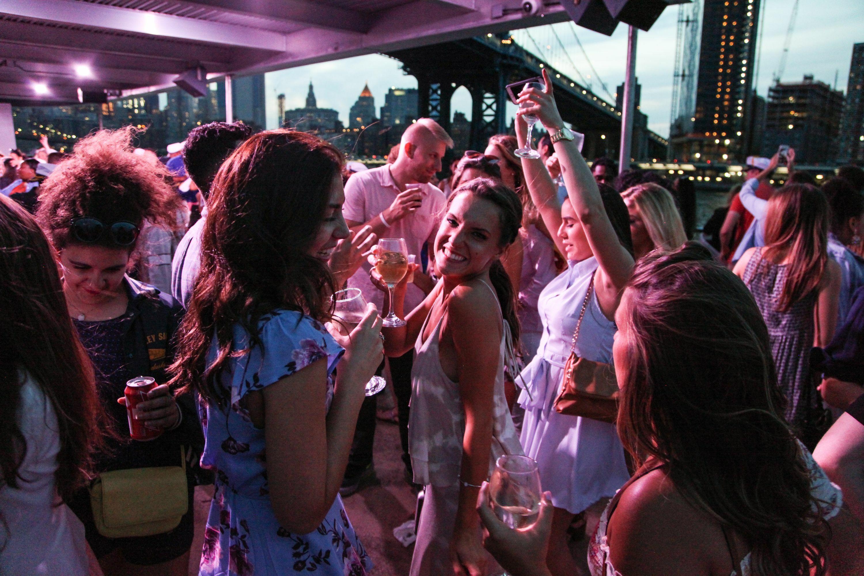 Midnight NYC Yacht Booze Cruise