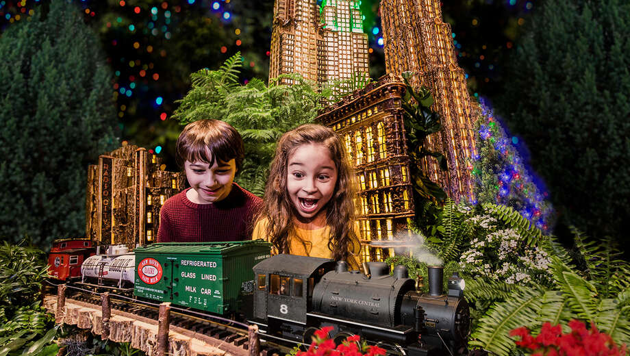 1572632233 nybg trainshowbook tickets2