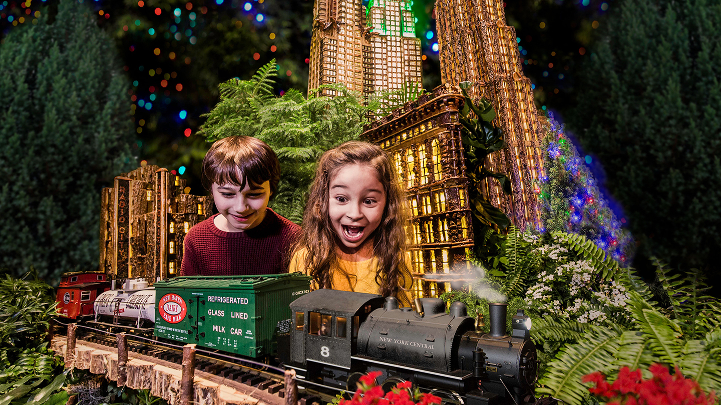 """New York Botanical Garden's """"Holiday Train Show"""" Is Back: See Mini NYC Landmarks & More"""
