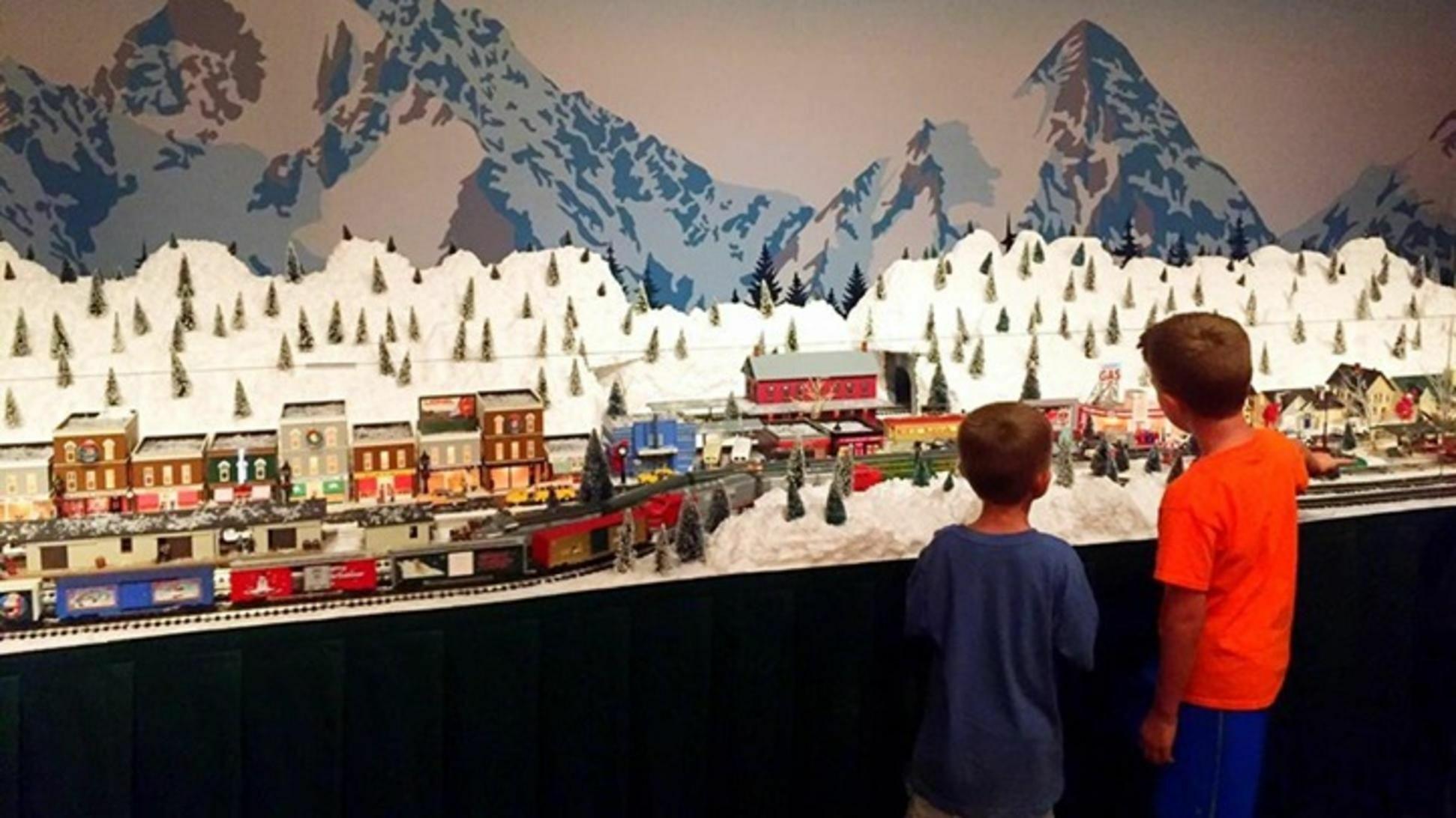 Muzeo Express Holiday Train Exhibition