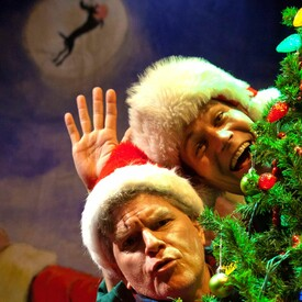 """The Ultimate Christmas Show (Abridged)"""" With The Reduced Shakespeare Company"""