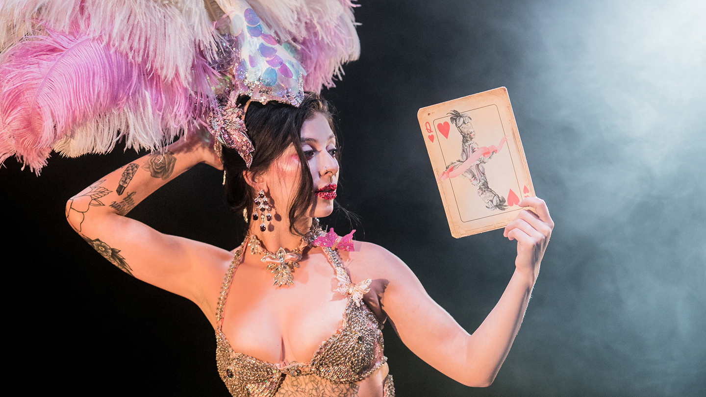 """Queen of Hearts"": A Baroque-Burlesque Adventure in Wonderland by Company XIV"