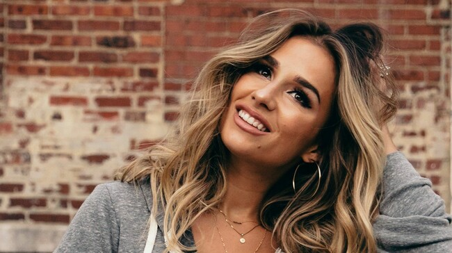 Jessie James Decker Tickets