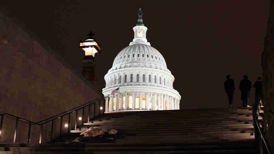 1556813196 capitol hauntings walking tour tickets