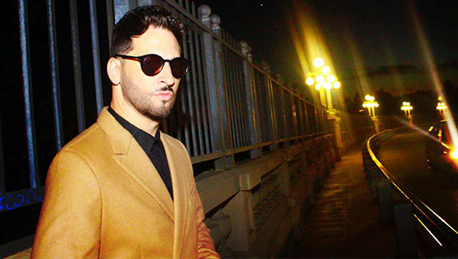 1563297793 jon b tickets