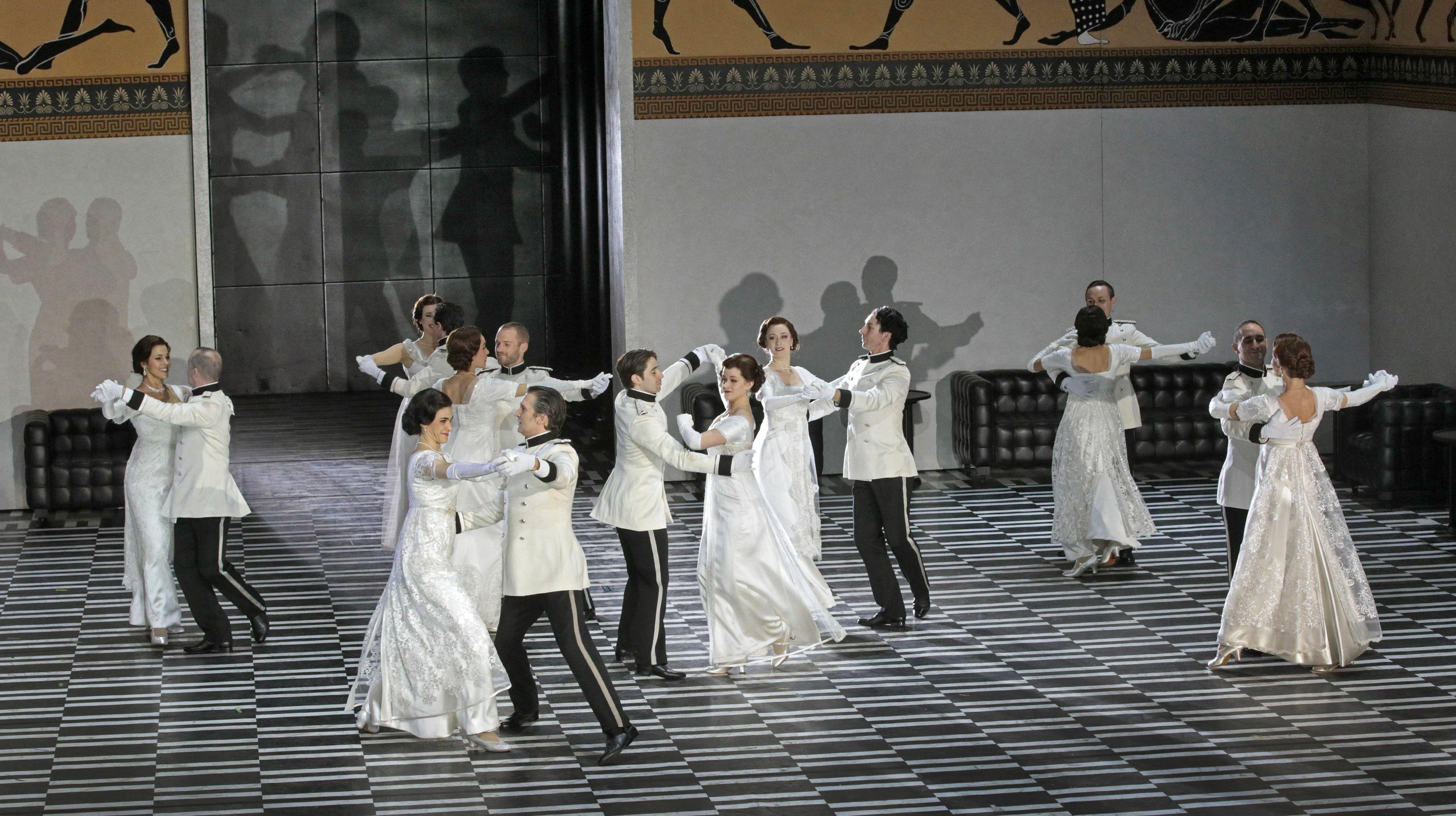 """""""Der Rosenkavalier"""": Strauss' Ever-Timely Romance"""
