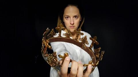 """All-Female """"Richard II"""""""