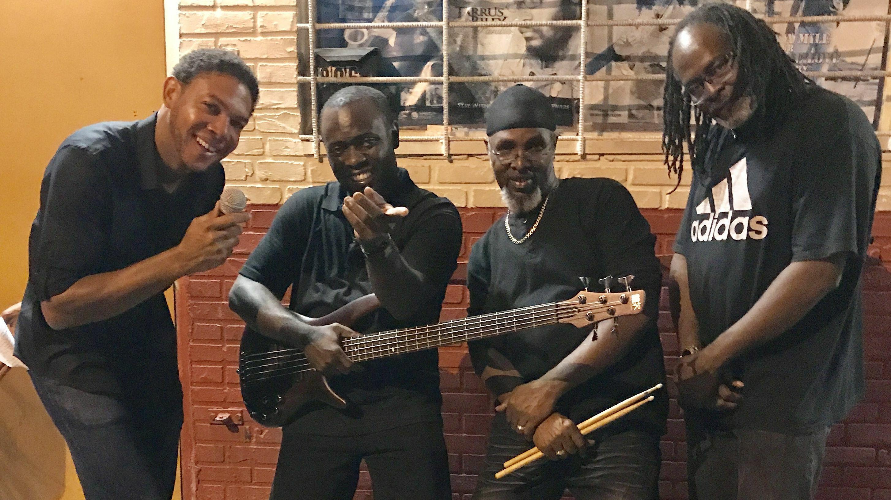 ifrolix: Reggae Band Performs Your Favorites Online