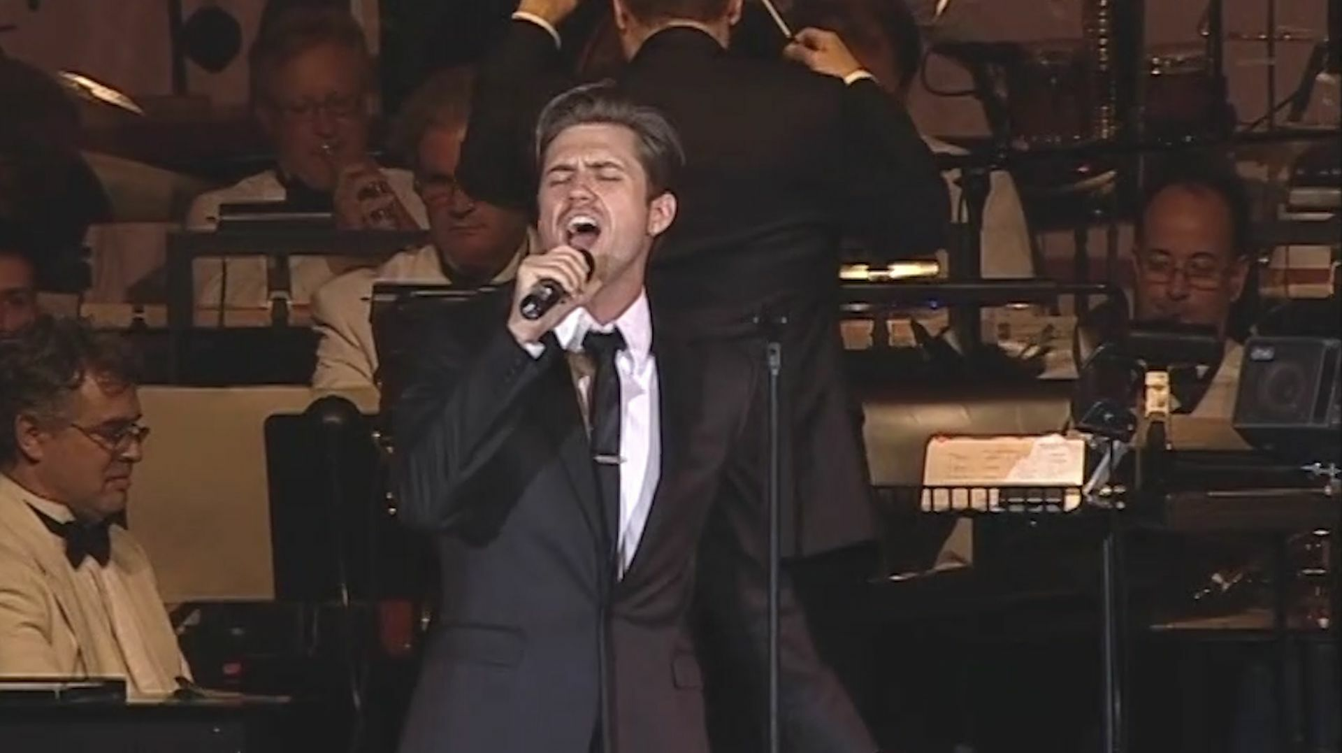 Play at Home with the POPS: Aaron Tveit -- Online