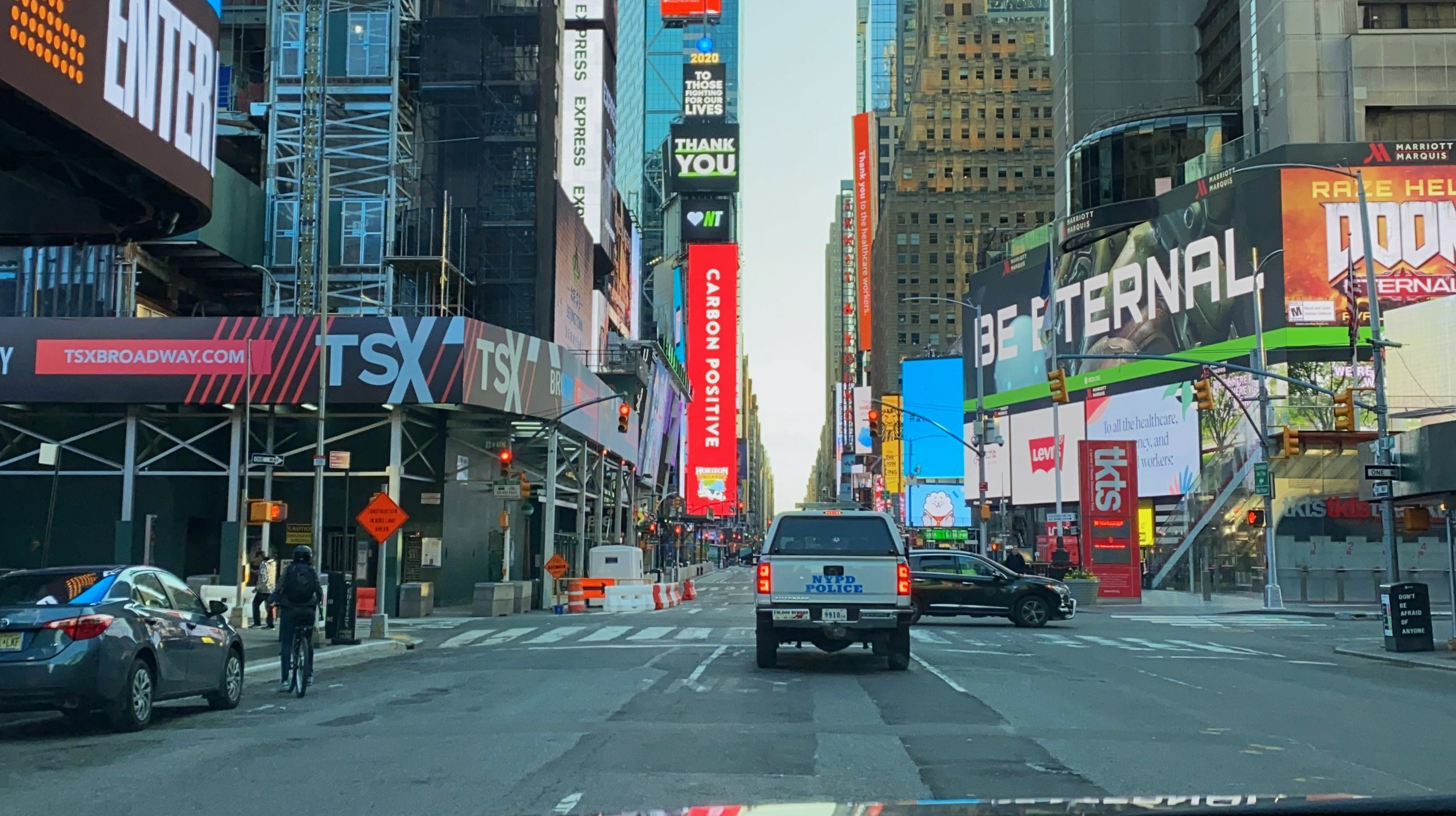Virtual Tour: 60 Min Live Interactive Driving Tour in Manhattan