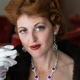 """Bette Davis Ain't for Sissies"""": Outdoor Show"""