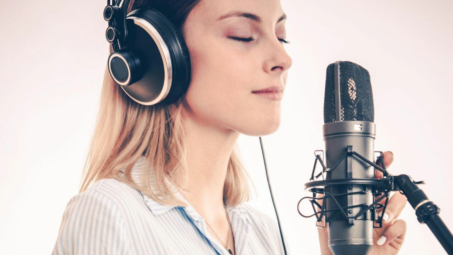 Voice Over for Beginners: Learn the Techniques and Business -- Online