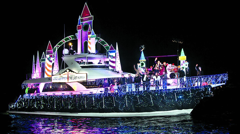 newport christmas boat parade